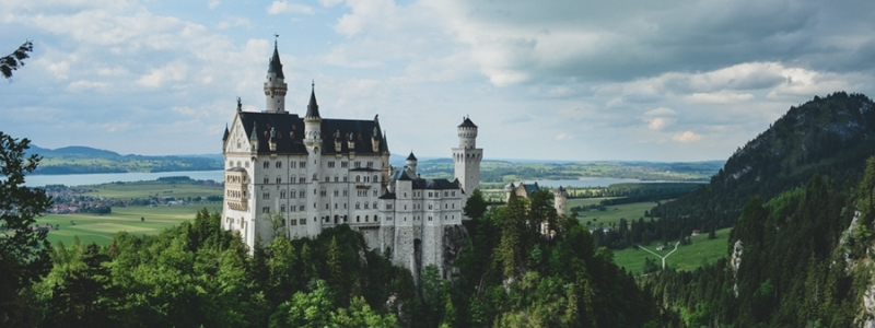 The Best YA Fairytales and Fairytale Retellings of 2014 and 2015